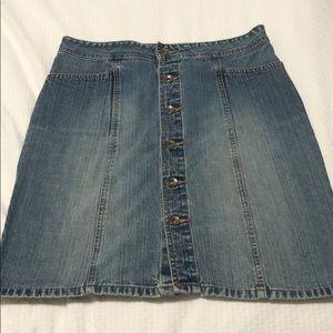 Old Navy Denim Button Up Skirt, Size 8